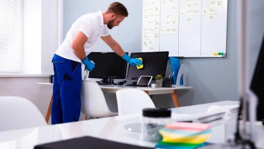 Как дезинфицировать гарнитуры, конференц-телефоны, приставки для видеоконференций и другое оборудование в офисе